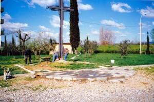 Croce parcheggio 1996